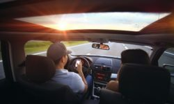 4 Best Apps to Stop Texting and Driving